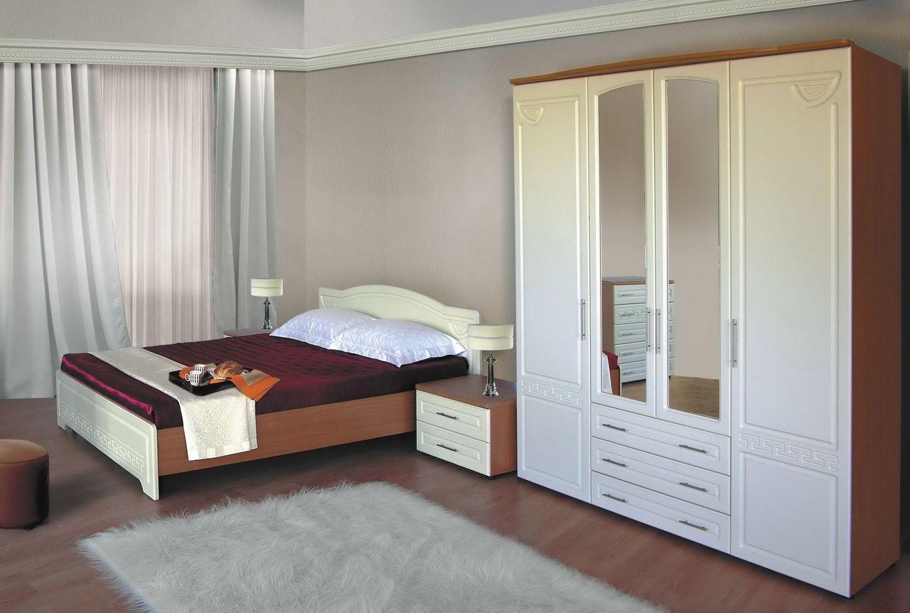 Как бы там ни было, излишек мебели в спальне недопустим, иначе она станет